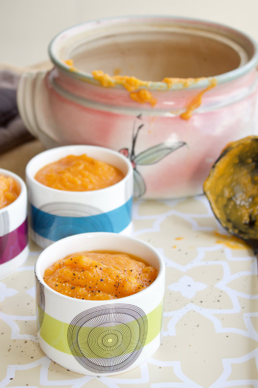 Spicy and aromatic. This sweet potato and ginger soup needs just 5 ingredients. All the health benefits of ginger and sweet potato in a creamy soup.